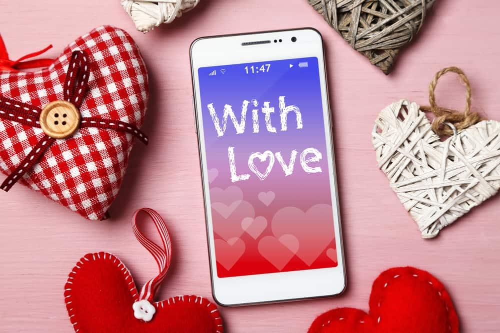 Kako iskazati ljubav preko poruke